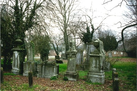 I cimiteri ebraici in PatER-Catalogo del Patrimonio culturale dell'Emilia-Romagna