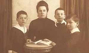 #laculturanonsiferma! La vastità della parola mamma. Mathilde ed Elias Canetti
